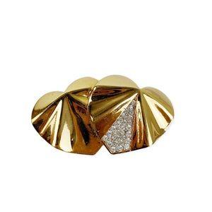 Vintage Nina Ricci heart brooch pin